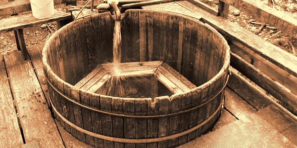 vintage-hot-tub
